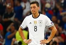 Mesut Özil hat Probleme mit DFB